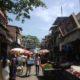 Article : Vendeurs de rue, pots-de-vin et siestes crapuleuses